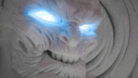 Eye, Organ, Sculpture, Mouth, Carving, Art, Eyelash, Visual arts, Fictional character, Stone carving,