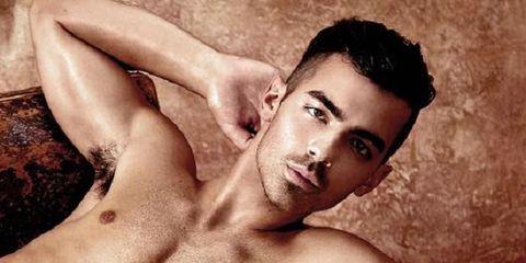Joe Jonas Se Desnuda Para La Marca Guess