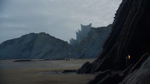 Mountainous landforms, Coastal and oceanic landforms, Highland, Rock, Terrain, Outcrop, Hill, Coast, Bedrock, Promontory,