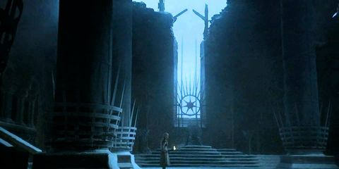 Darkness, Architecture, Sky, Atmosphere, Screenshot, Building, City, Column,