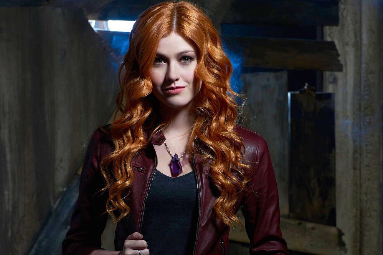 Clary Fray es la protagonista de Cazadores de sombras