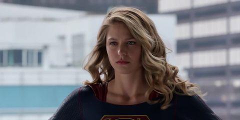 Superhero, Blond, Fictional character, Model, Long hair, Brown hair, T-shirt, Wetsuit, Smile,