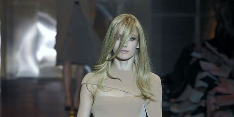 Fashion show, Dress, Shoulder, Human leg, Joint, Runway, One-piece garment, Style, Fashion model, Waist,