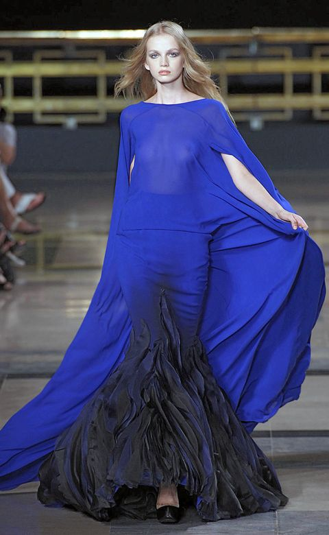 Blue, Shoulder, Dress, Fashion show, Style, Formal wear, Fashion model, Gown, Electric blue, Fashion,