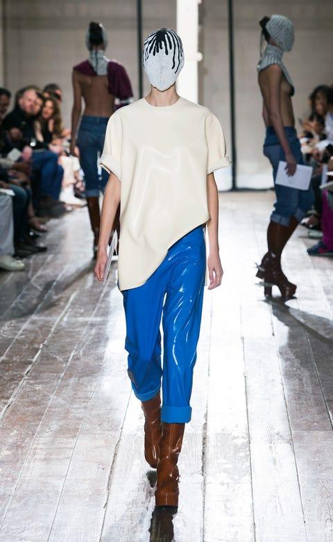Clothing, Footwear, Leg, Arm, Blue, Brown, Human body, Trousers, Shoulder, Textile,