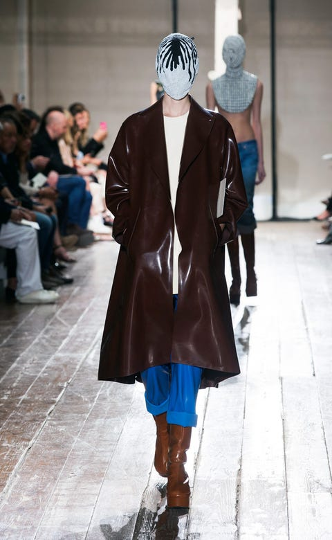 Clothing, Footwear, Leg, Textile, Joint, Outerwear, Fashion show, Jacket, Style, Winter,