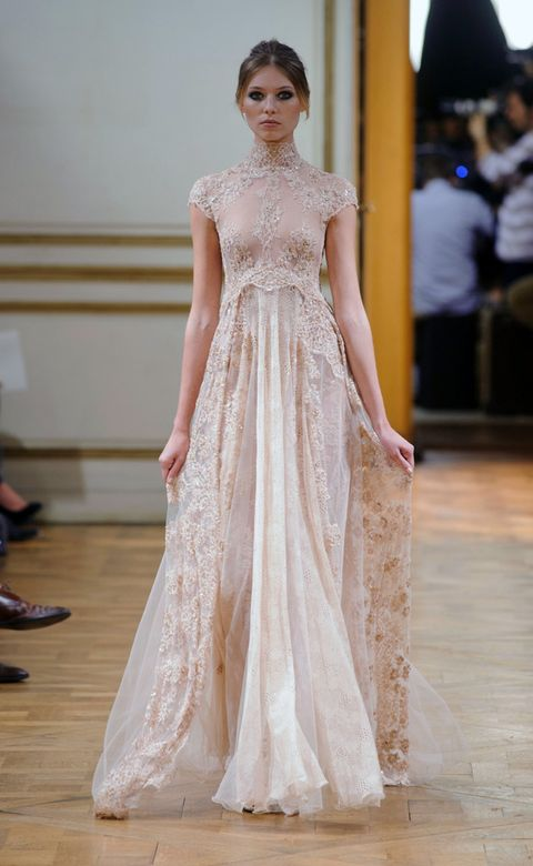 Shoulder, Textile, Dress, Style, Gown, Fashion show, Formal wear, Fashion model, One-piece garment, Fashion,