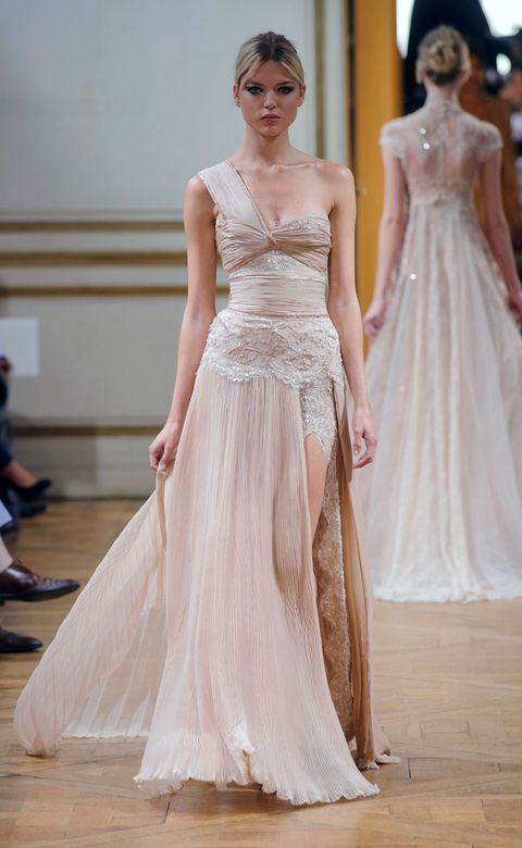 Shoulder, Textile, Dress, Floor, Flooring, Gown, Formal wear, Style, Waist, Bridal clothing,