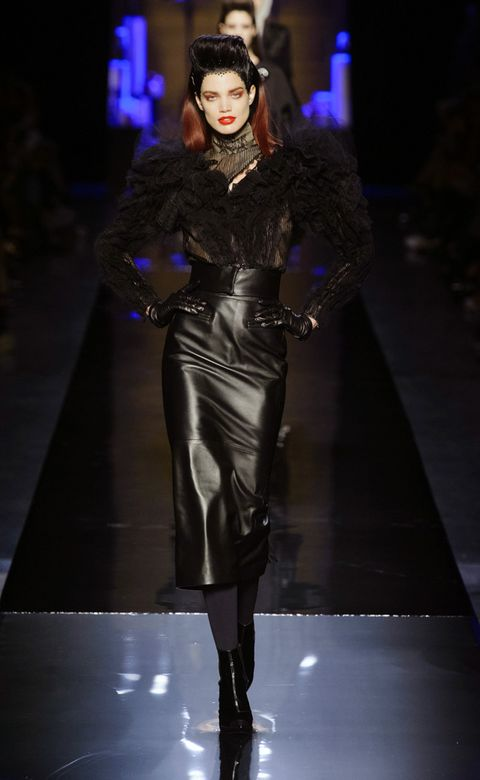 Clothing, Fashion show, Runway, Outerwear, Fashion model, Style, Fashion, Model, Leather, Haute couture,