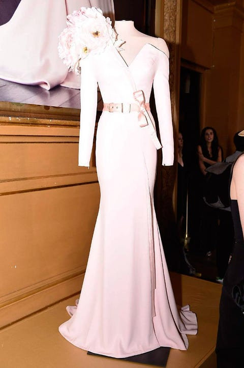 Shoulder, Dress, Joint, White, Formal wear, Style, Gown, Flooring, Fashion, One-piece garment,