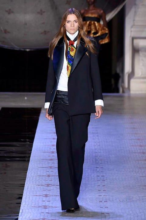 Trousers, Outerwear, Collar, Formal wear, Style, Fashion show, Suit trousers, Blazer, Fashion model, Street fashion,