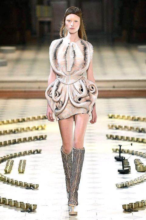 Clothing, Fashion show, Shoulder, Dress, Runway, Fashion model, Style, Street fashion, Fashion, Waist,