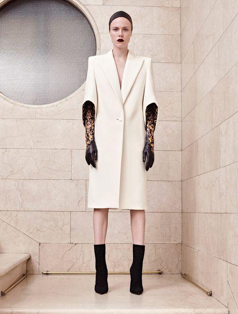 Clothing, Sleeve, Collar, Coat, Photograph, Outerwear, Style, Street fashion, Formal wear, Blazer,
