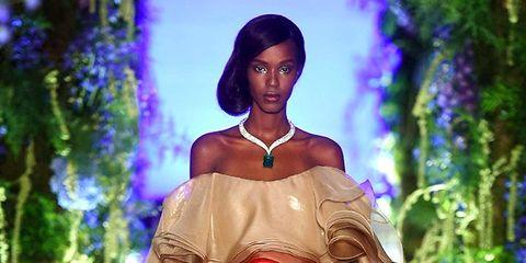 Fashion, Haute couture, Clothing, Fashion model, Shoulder, Dress, Gown, Fashion show, Fashion design, Formal wear,