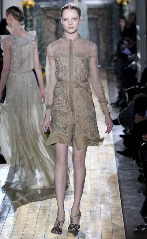 Clothing, Shoulder, Dress, Joint, Fashion show, Style, Fashion model, One-piece garment, Runway, Fashion,