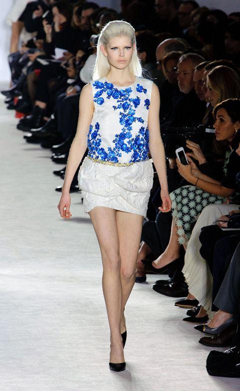 Clothing, Footwear, Leg, Event, Human body, Fashion show, Shoulder, Human leg, Joint, Outerwear,
