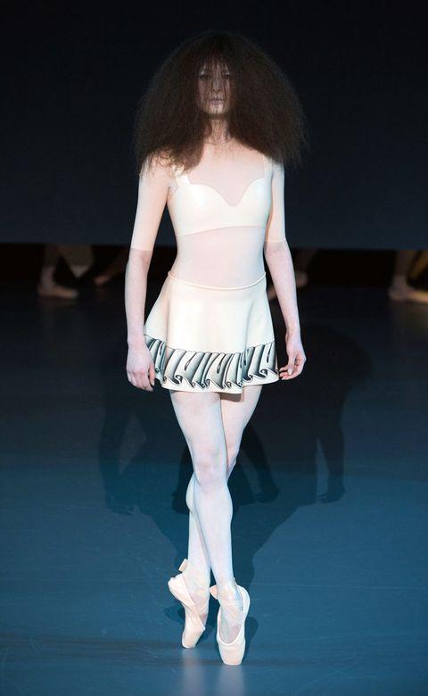Clothing, Human, Shoulder, Human leg, Joint, Waist, Dress, Style, Fashion show, Fashion model,