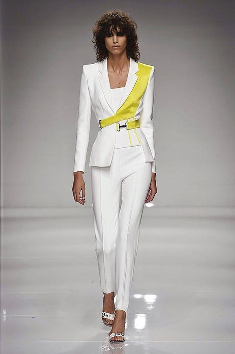 Leg, Shoulder, Joint, Outerwear, White, Fashion show, Style, Runway, Fashion model, Jheri curl,