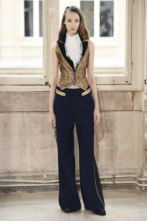 Clothing, Sleeve, Human body, Shoulder, Collar, Standing, Waist, Style, Formal wear, Street fashion,