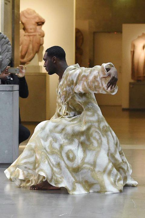 Dress, Floor, Flooring, Gown, Victorian fashion, One-piece garment, Costume design, Interior design, Museum, Haute couture,