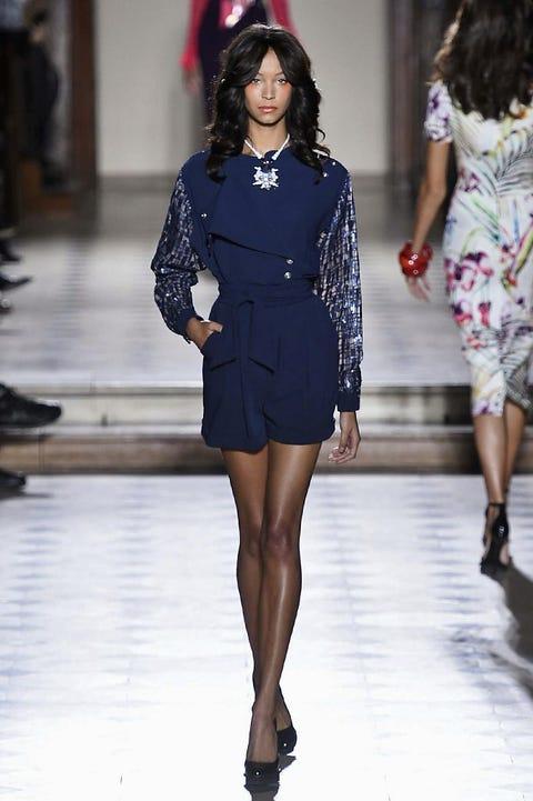 Clothing, Fashion show, Shoulder, Human leg, Joint, Runway, Fashion model, Waist, Style, Dress,