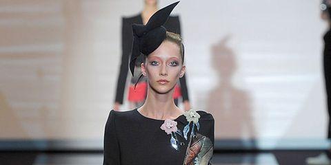 Sleeve, Style, Waist, Eyelash, Lipstick, Fashion model, Fashion, Costume accessory, Black hair, Eye shadow,