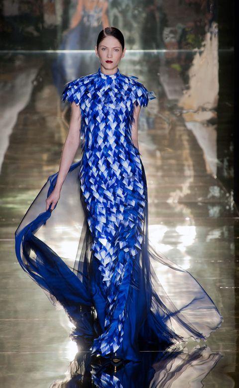 Human, Blue, Sleeve, Dress, Style, One-piece garment, Fashion show, Electric blue, Fashion model, Fashion,