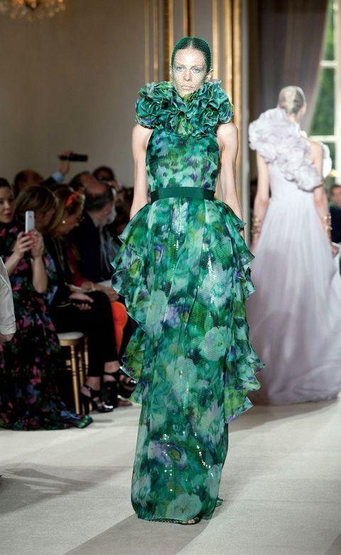 Green, Dress, Formal wear, Style, Fashion show, Fashion model, Gown, Runway, One-piece garment, Fashion,