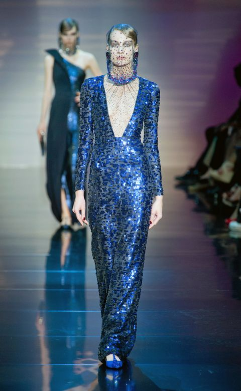 Blue, Fashion show, Runway, Fashion, Electric blue, Cobalt blue, Fashion model, Fashion design, Costume design, Waist,