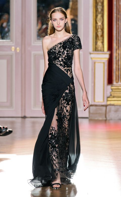Clothing, Hairstyle, Shoulder, Fashion show, Joint, Dress, Fashion model, Formal wear, Style, Waist,