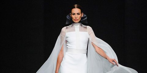 Hairstyle, Shoulder, Textile, Joint, Style, Dress, Formal wear, Fashion model, Gown, Fashion,