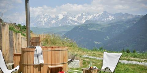 Plant, Mountainous landforms, Mountain range, Highland, Mountain, Ridge, Hill station, Land lot, Valley, Outdoor furniture,