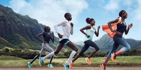 Footwear, Fun, Leisure, People in nature, T-shirt, Active pants, Playing sports, Youth, Friendship, Running,