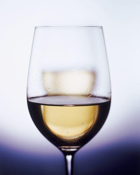 Fluid, Liquid, Drinkware, Stemware, Glass, Drink, Wine glass, Barware, Alcoholic beverage, Alcohol,