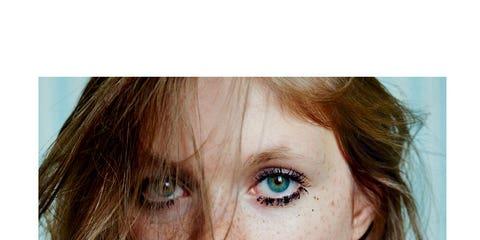 Lip, Mouth, Hairstyle, Skin, Chin, Eyebrow, Eyelash, Jewellery, Beauty, Organ,