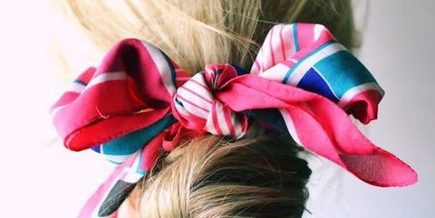 Hair, Hairstyle, Hair accessory, Mammal, Pink, Style, Fashion accessory, Headgear, Costume accessory, Petal,
