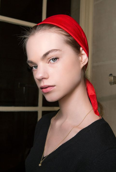 Hair, Face, Lip, Eyebrow, Red, Chin, Hairstyle, Forehead, Beauty, Head,