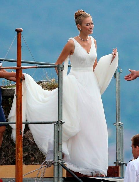 Shoulder, Dress, White, Happy, Bridal clothing, Gown, Wedding dress, Bride, Ceremony, Bridal party dress,