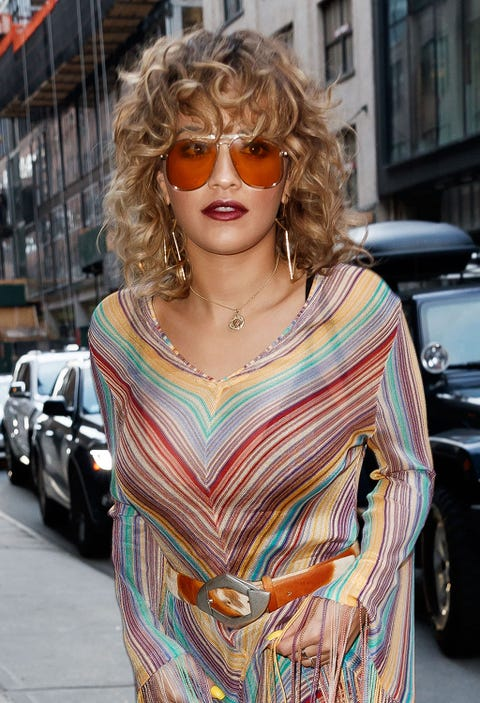 Eyewear, Hair, Sunglasses, Street fashion, Glasses, Blond, Hairstyle, Clothing, Fashion, Shoulder,