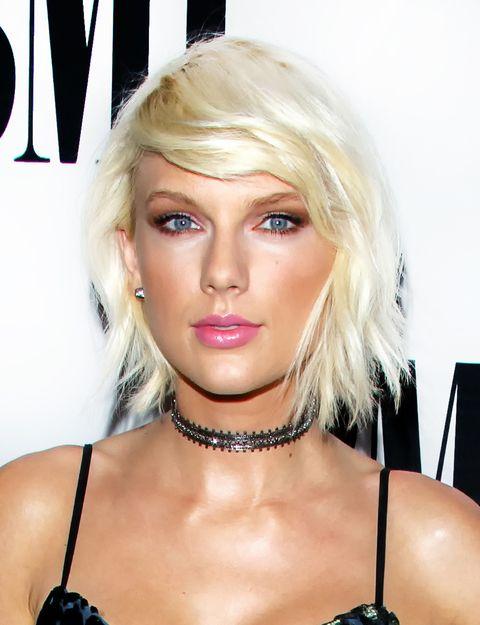 Nose, Mouth, Lip, Hairstyle, Skin, Chin, Eyebrow, Eyelash, Style, Body jewelry,