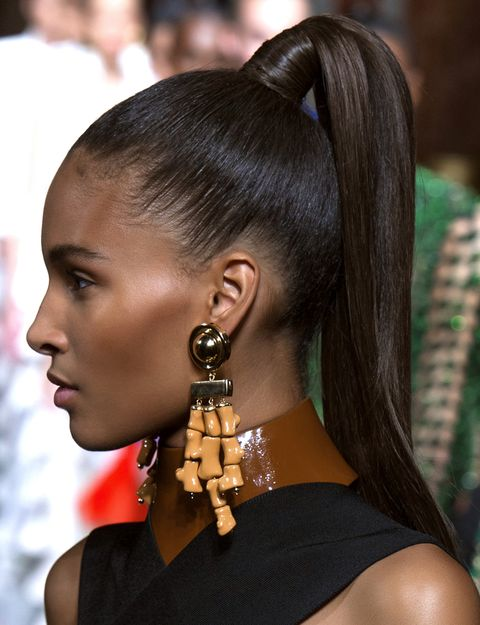 Head, Ear, Earrings, Hairstyle, Skin, Forehead, Body piercing, Eyelash, Style, Jewellery,