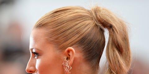 Hair, Ear, Earrings, Hairstyle, Eyebrow, Eyelash, Jewellery, Style, Fashion accessory, Organ,