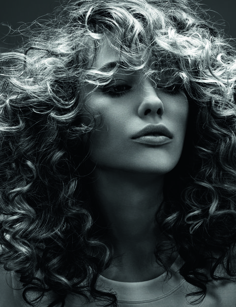 Lip, Hairstyle, Chin, Style, Monochrome, Step cutting, Beauty, Black, Monochrome photography, Black-and-white,