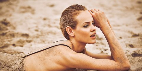 Nose, Lip, Mouth, Hairstyle, Skin, Human body, Shoulder, Sand, People in nature, Summer,