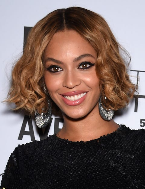 Lip, Smile, Hairstyle, Earrings, Chin, Eyebrow, Eyelash, Jewellery, Style, Dress,
