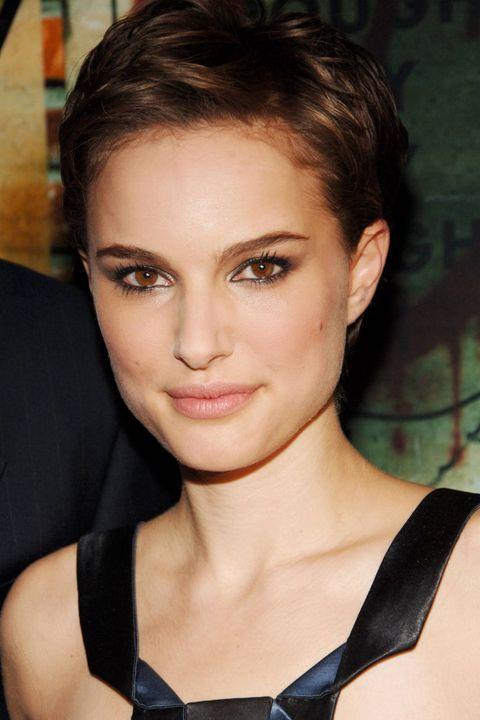 Nose, Lip, Mouth, Hairstyle, Chin, Forehead, Eyebrow, Eyelash, Beauty, Eye liner,