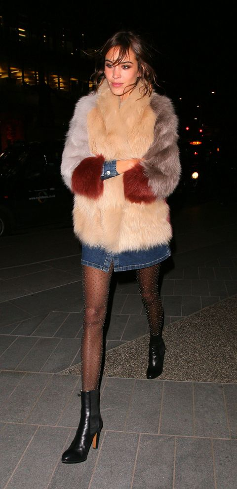 Clothing, Footwear, Human, Leg, Human leg, Textile, Joint, Outerwear, Winter, Fur clothing,