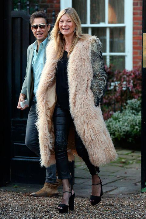 Clothing, Human, Textile, Outerwear, Fur clothing, Style, Jacket, Street fashion, Winter, Fashion,