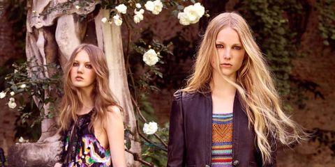 Textile, Style, Street fashion, Fashion model, Beauty, Fashion, Long hair, Pattern, Spring, Blond,