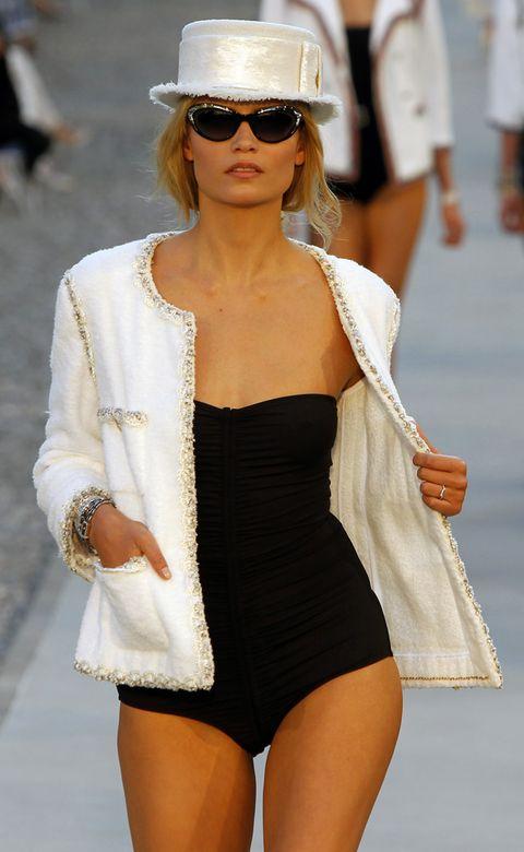 Clothing, Eyewear, Glasses, Vision care, Sunglasses, Outerwear, White, Style, Street fashion, Fashion accessory,